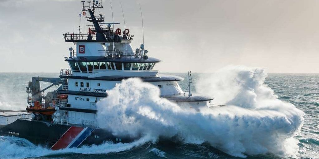 stb_web_ship-storm-ref_001